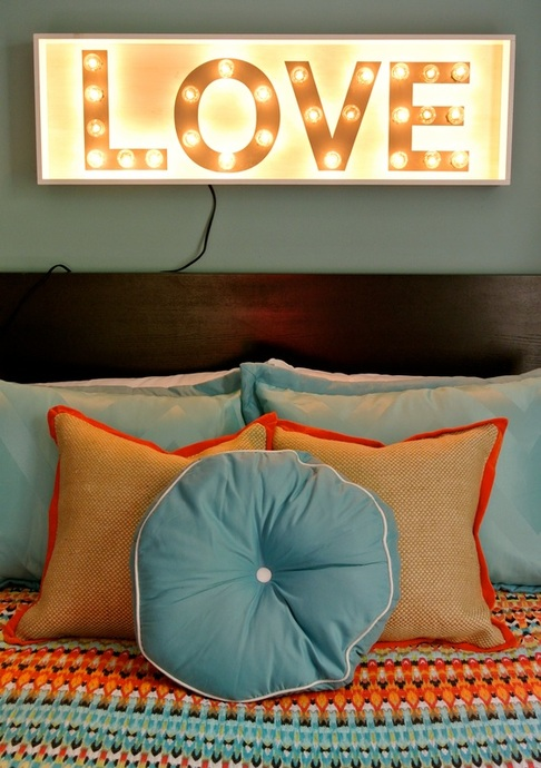 the redesign company love sign